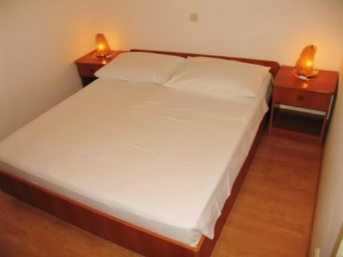 Apartments Nikša - 51681-A1 - Image 1 - Trstenik - rentals