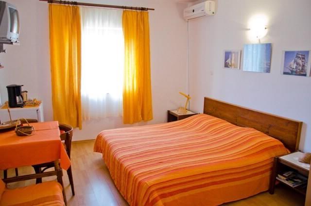 Apartments and Rooms Elena - 52191-S2 - Image 1 - Trsteno - rentals