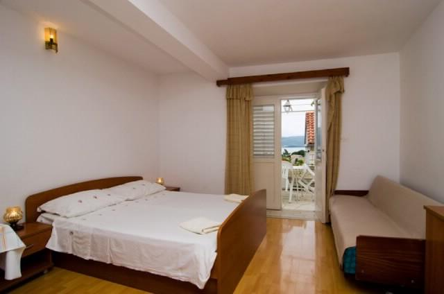 Apartments Emilije - 52611-A2 - Image 1 - Lumbarda - rentals