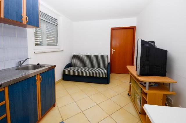 Apartments Kata - 61201-A1 - Image 1 - Karlobag - rentals
