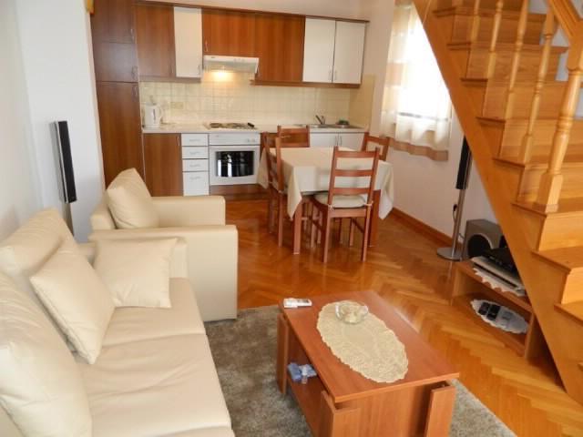 Apartment Dea - 67601-A1 - Image 1 - Malinska - rentals