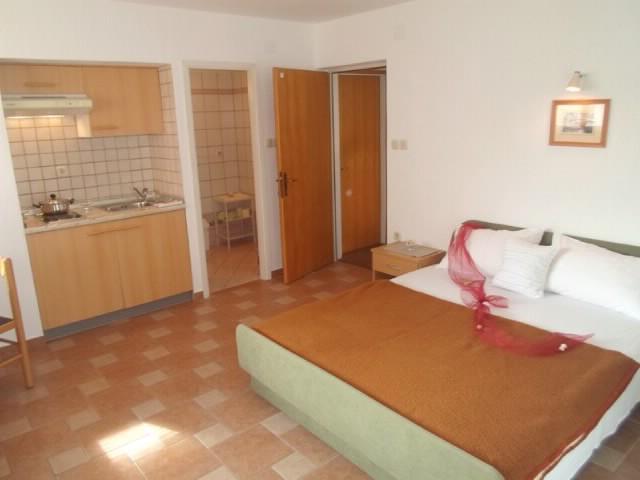 Apartments Ljubica - 68211-A5 - Image 1 - Punat - rentals