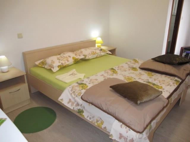 Rooms Nevenka - 68291-S3 - Image 1 - Malinska - rentals