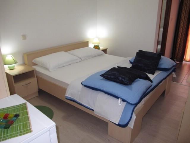 Rooms Nevenka - 68291-S5 - Image 1 - Malinska - rentals