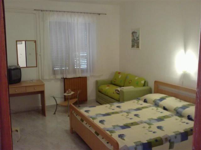 Apartments Nerina - 73121-A1 - Image 1 - Novigrad - rentals