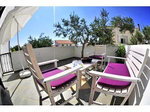 Apartments Mirko - 11041-A2 - Image 1 - Hvar - rentals