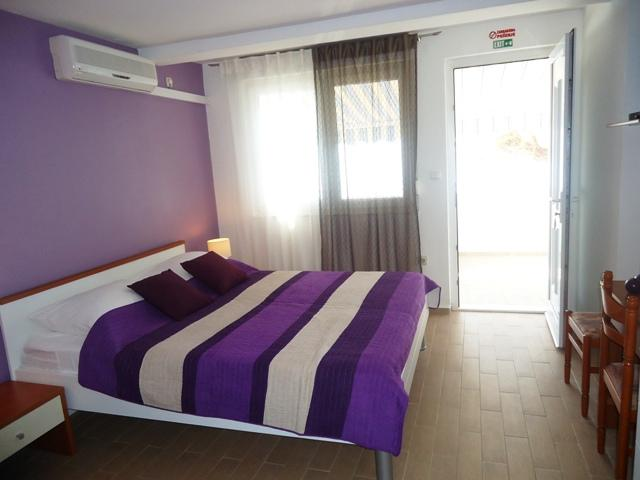 Apartments Marija - 30021-A2 - Image 1 - Podstrana - rentals