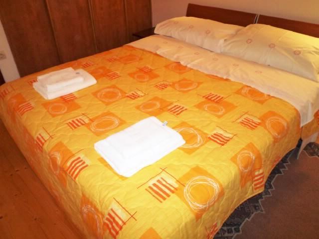 Apartments Ivo - 32171-A3 - Image 1 - Omis - rentals