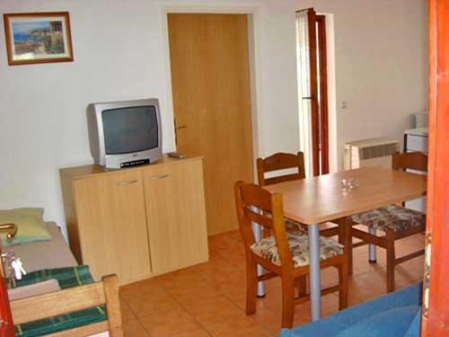 Apartments Mirjana - 33191-A4 - Image 1 - Stari Grad - rentals