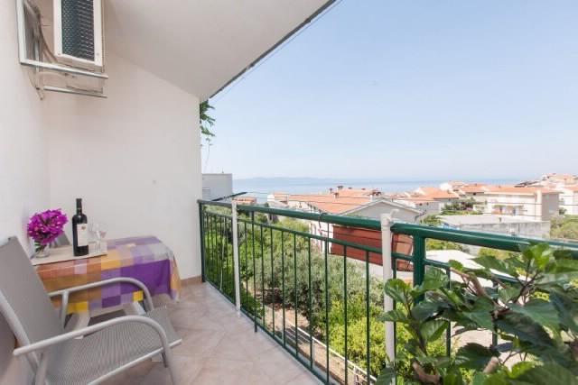 Apartments Maja - 33321-A1 - Image 1 - Podgora - rentals