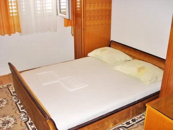 Apartment Ivan - 36111-A2 - Image 1 - Makarska - rentals