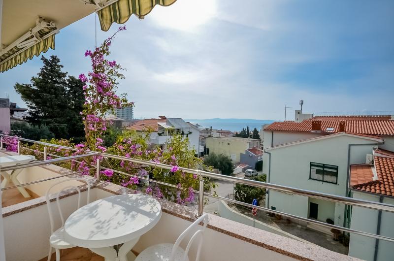 Apartments Ružica - 36841-A1 - Image 1 - Makarska - rentals