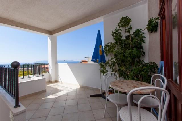 Apartments Verica - 37591-A1 - Image 1 - Makarska - rentals