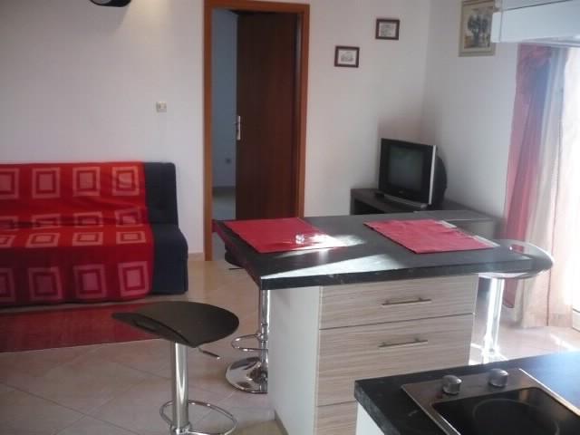 Apartments Jerko - 38361-A1 - Image 1 - Milna - rentals