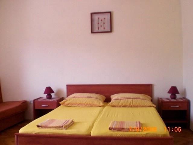 Apartments Josip - 38431-A2 - Image 1 - Jelsa - rentals