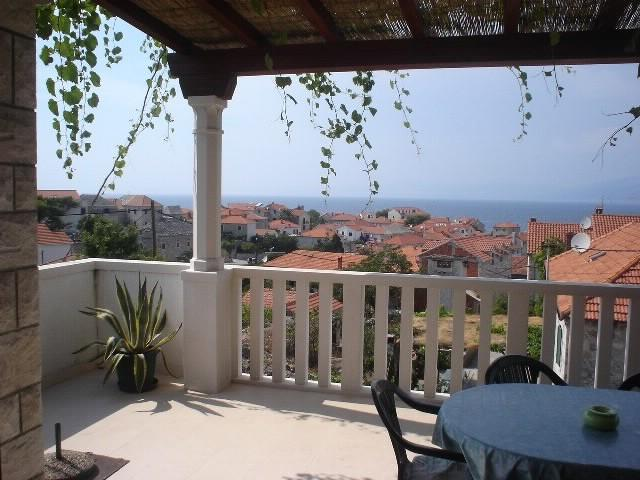 Apartments Jelka - 38491-A1 - Image 1 - Postira - rentals