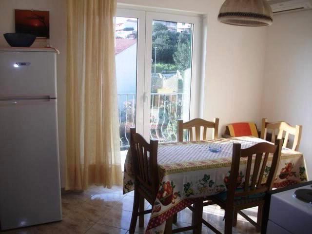 Apartments Lina - 39761-A2 - Image 1 - Hvar - rentals