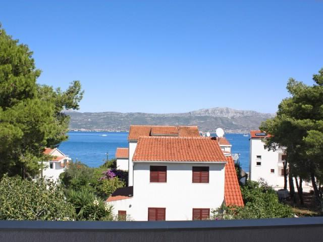 Apartments Goran - 40131-A1 - Image 1 - Slatine - rentals