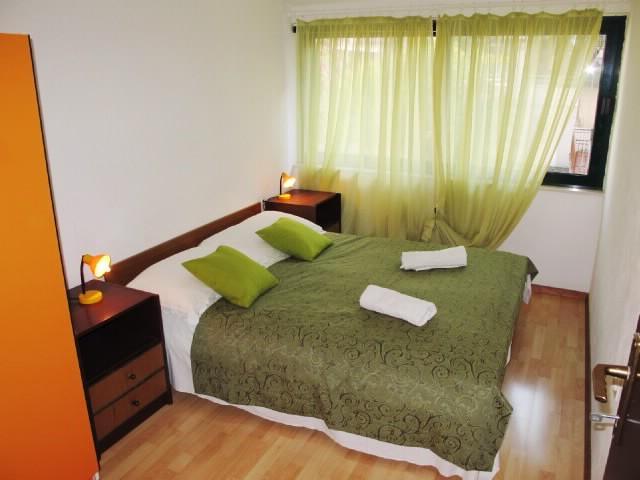 Apartments Jadranka - 40181-A2 - Image 1 - Makarska - rentals