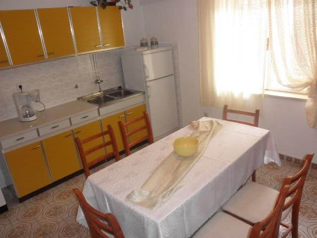 Apartments Zvonimir - 40781-A1 - Image 1 - Hvar - rentals
