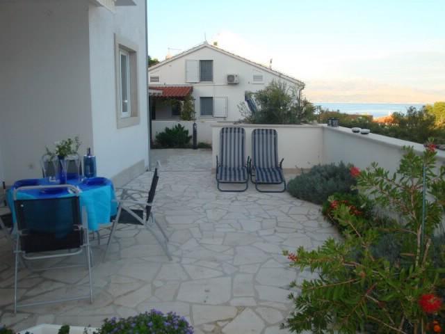 Apartments Silva - 42921-A2 - Image 1 - Sutivan - rentals