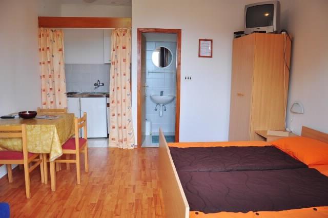 Apartments Marija - 50711-A4 - Image 1 - Mlini - rentals