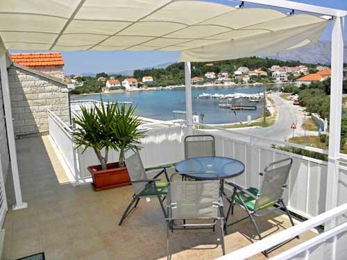 Apartments Željko - 51391-A4 - Image 1 - Lumbarda - rentals