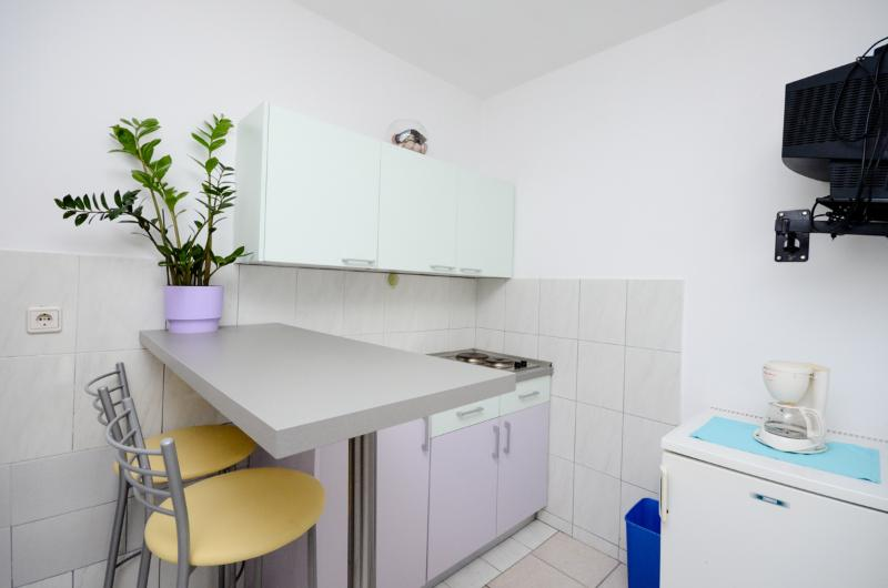 Apartments Dragica - 60711-A1 - Image 1 - Krk - rentals