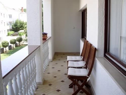 Apartments Siniša - 61571-A1 - Image 1 - Malinska - rentals