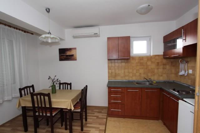 Apartments Blaženka - 65761-A3 - Image 1 - Banjol - rentals