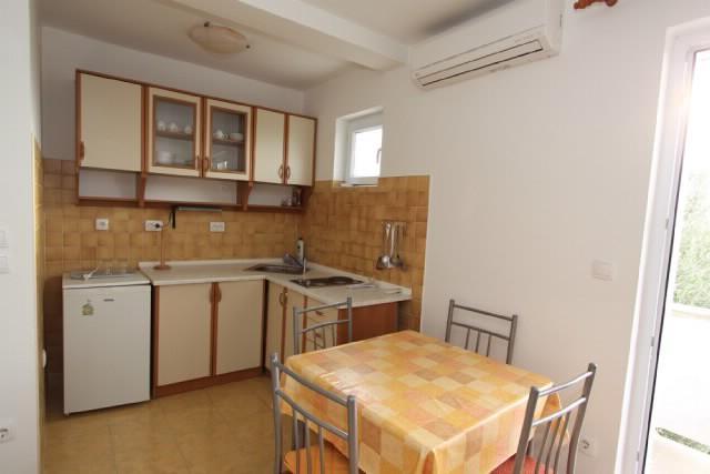Apartments Blaženka - 65761-A2 - Image 1 - Banjol - rentals