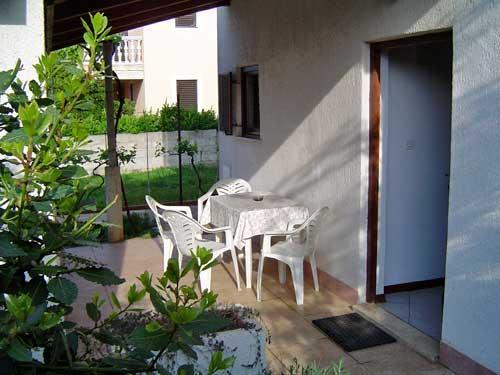 Apartments Ivan - 71521-A4 - Image 1 - Banjole - rentals