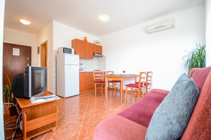 Apartment Marija - 72771-A1 - Image 1 - Medulin - rentals