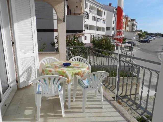 Apartments Darinka - 73471-A1 - Image 1 - Vrsar - rentals