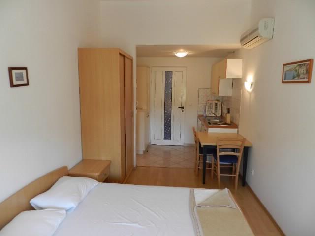Apartments Miroslav - 74621-A1 - Image 1 - Pula - rentals