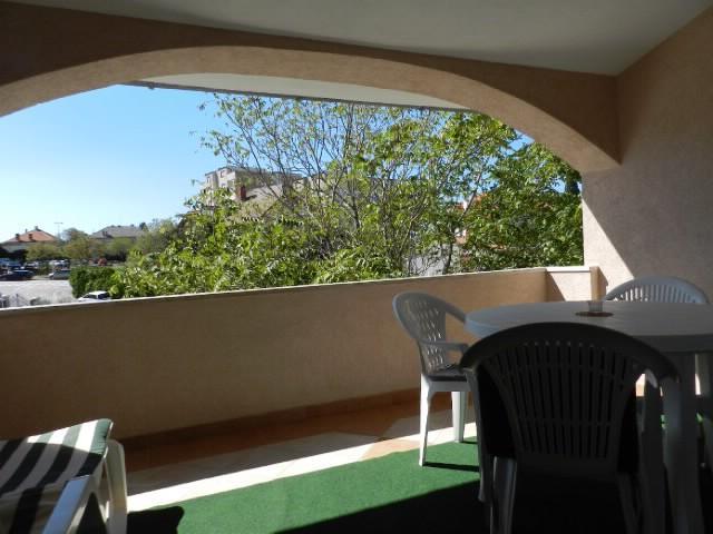 Apartments Miroslav - 74621-A2 - Image 1 - Pula - rentals