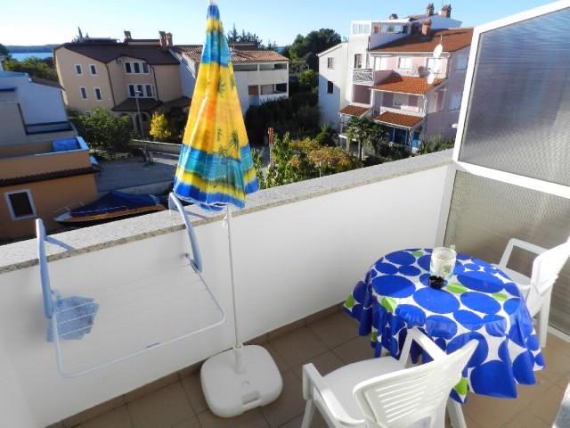 Apartments Snježana - 74841-A4 - Image 1 - Fazana - rentals