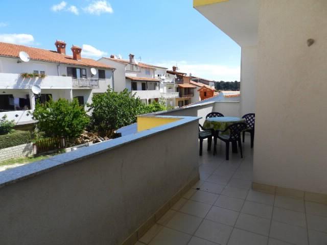 Apartments Milica - 75511-A2 - Image 1 - Pula - rentals