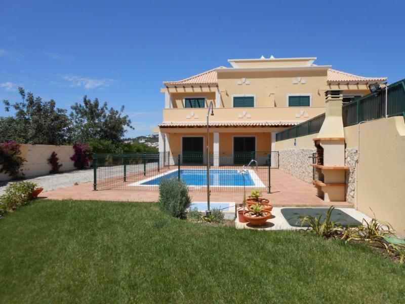 Spacious villa near Beach and Golf/ Quinta do Lago - Image 1 - Almancil - rentals