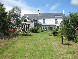 Our beautiful farmhouse - CHY ENA FARMHOUSE WITH SEA VIEWS NR PENZANCE - Penzance - rentals