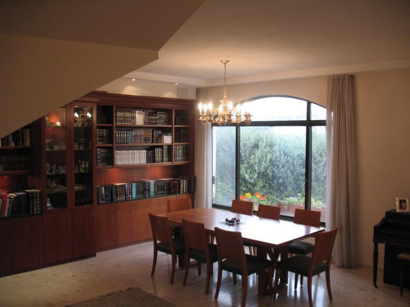 A country house in the city of Jerusalem - Image 1 - Jerusalem - rentals
