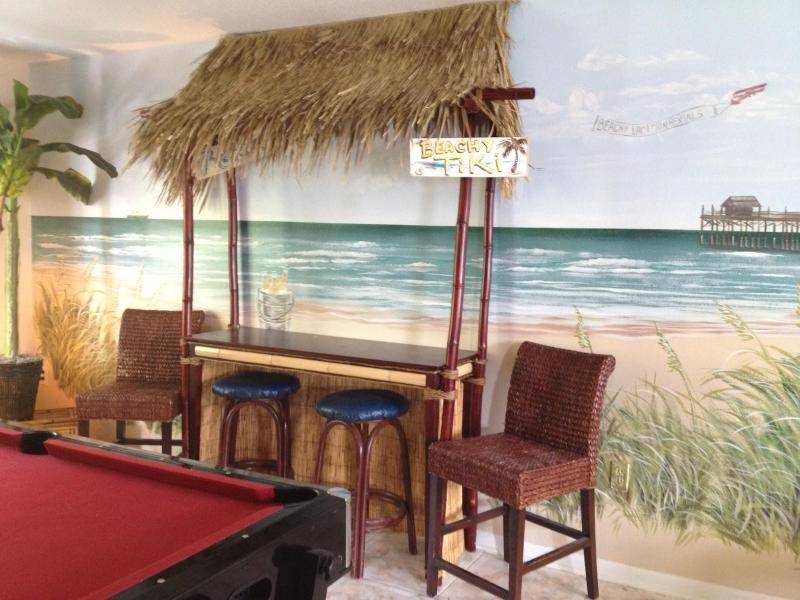 Tiki Bar & Game Room - Sandy Toes & Salty Kisses-Orlando's Beach House-C - Cape Canaveral - rentals