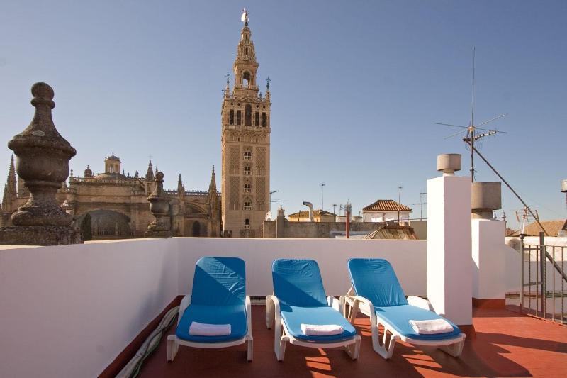 Towers Duplex Terrace Seville next to Giralda 3 pax - Image 1 - Seville - rentals