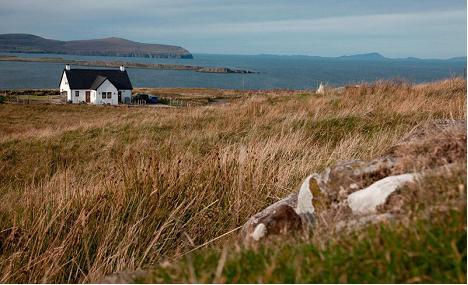 Tir nan Og Cottage o'er the sea and Outer Isles - TIR NAN OG - SKYE LUXURY 4* COTTAGE O'ER THE SEA - Waternish - rentals