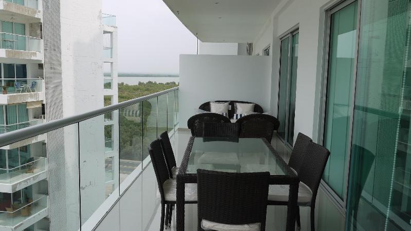 Balcony - 2bed 3 bath oceanview furnished Cartagena sleeps 9 - Cartagena District - rentals