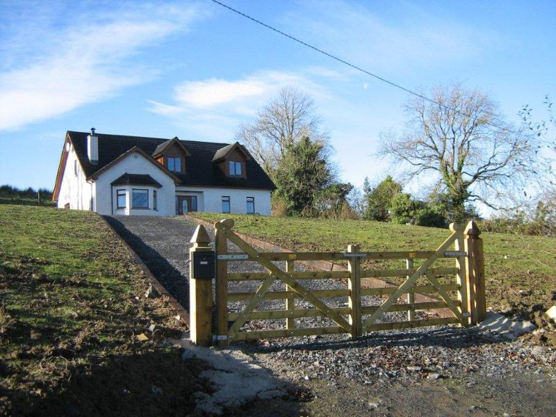 Large Irish Country Home - New Large Irish Country Home on Acre of Farmland - Bailieborough - rentals