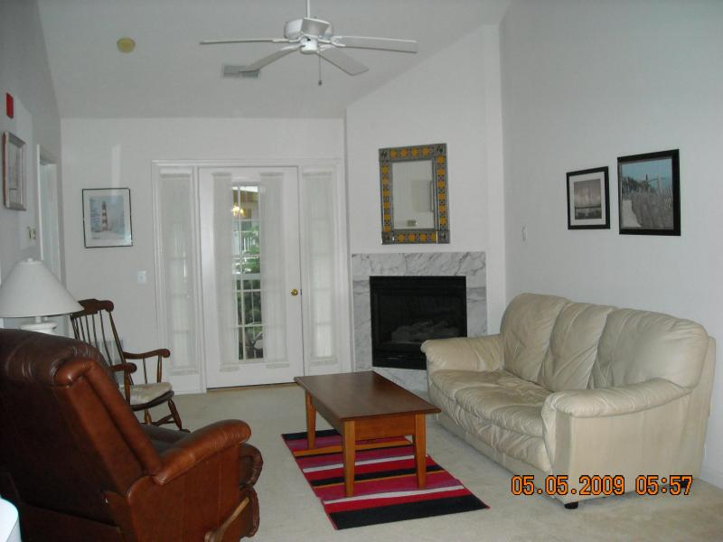 Spacious, Modern Condo nr. Navy Stadium and Mall - Image 1 - Annapolis - rentals