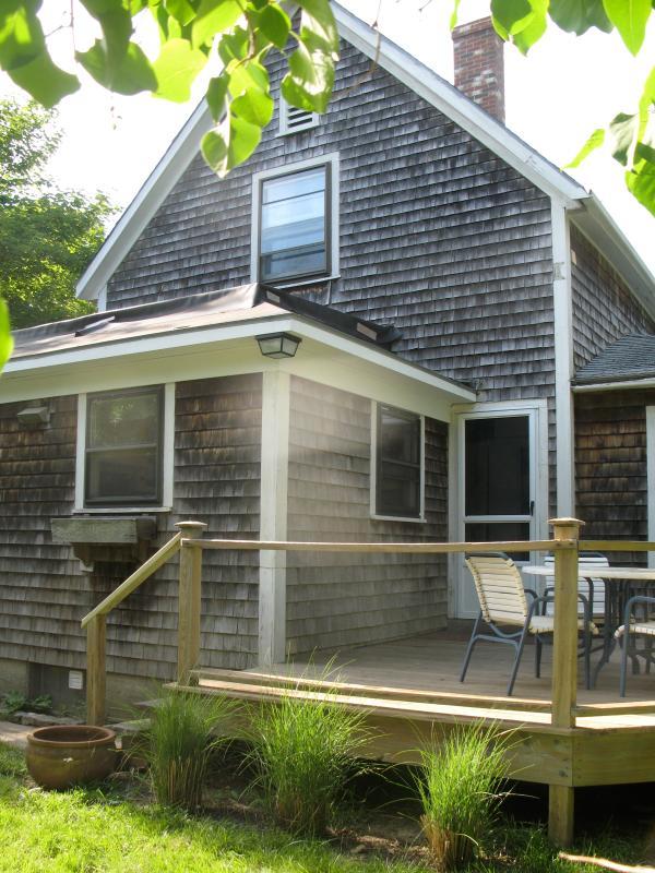 Historic Farmhouse. No Car Needed. - Image 1 - Vineyard Haven - rentals