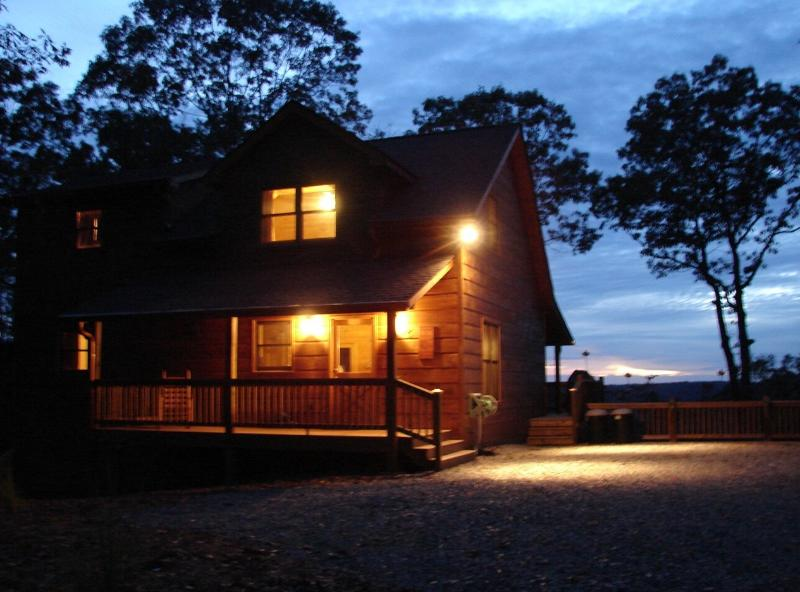 Night shot of Sarah's Mt Hideaway - Sarah's Mt Hideaway ~ Pet Friendly ~ TLC favorite! - Ellijay - rentals