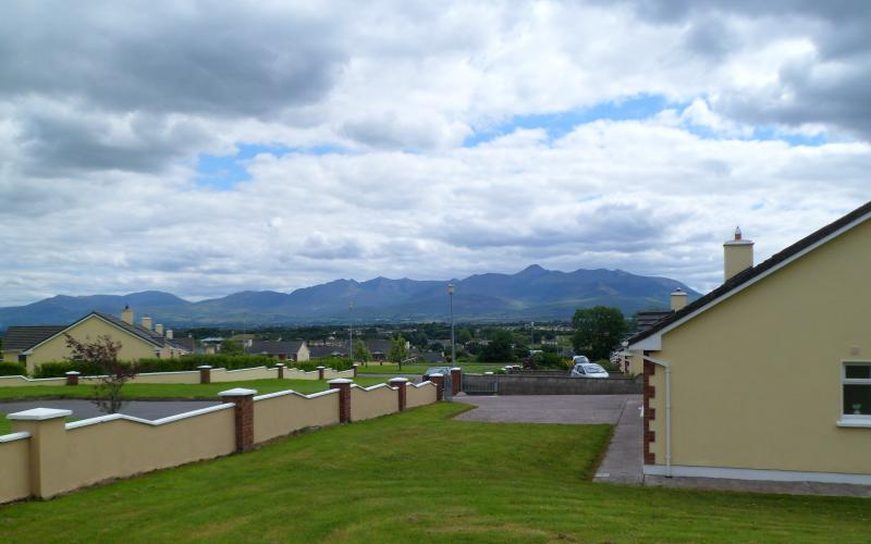 View from front garden --- Ireland's highest mountain range ( 3414 ft ) - Sunhill Cottage: Killorglin Town on Ring of Kerry - Killorglin - rentals